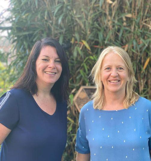 Judith en Janneke; een twee eenheid op de peuterspeelgroep